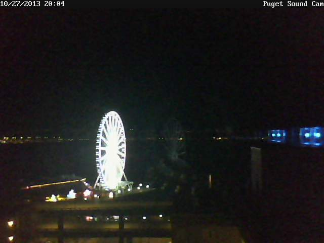 Puget sound cam great wheel blazing at night