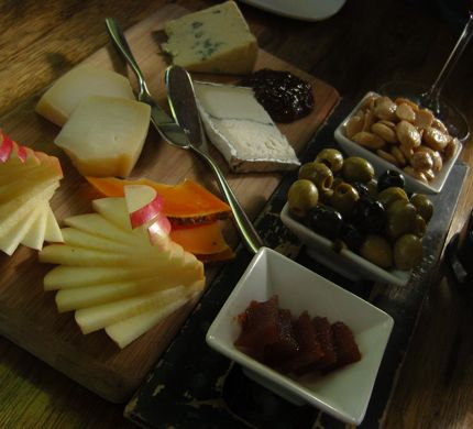 Purple Cafe & Wine Bar Cheese Plate