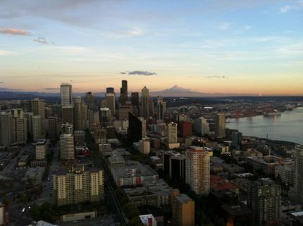 Space needle seattle city skyline photo northwest wining and dining downtown seattle website link