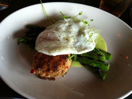 Etta's Seafood Salmon Cakes