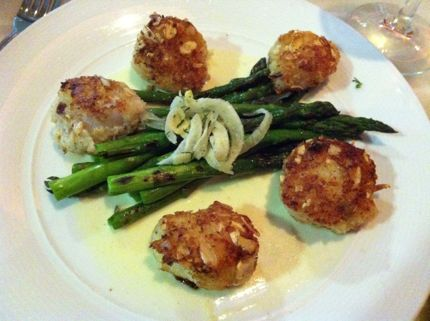 Palomino Seattle Scallops with Pernod Beurre Blanc
