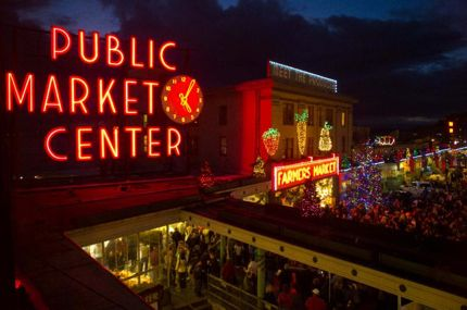 Pike place market xmas photo northwest wining and dining website link